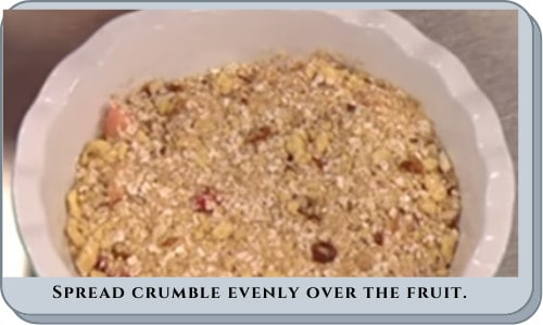 spread-crumble-over-fruit